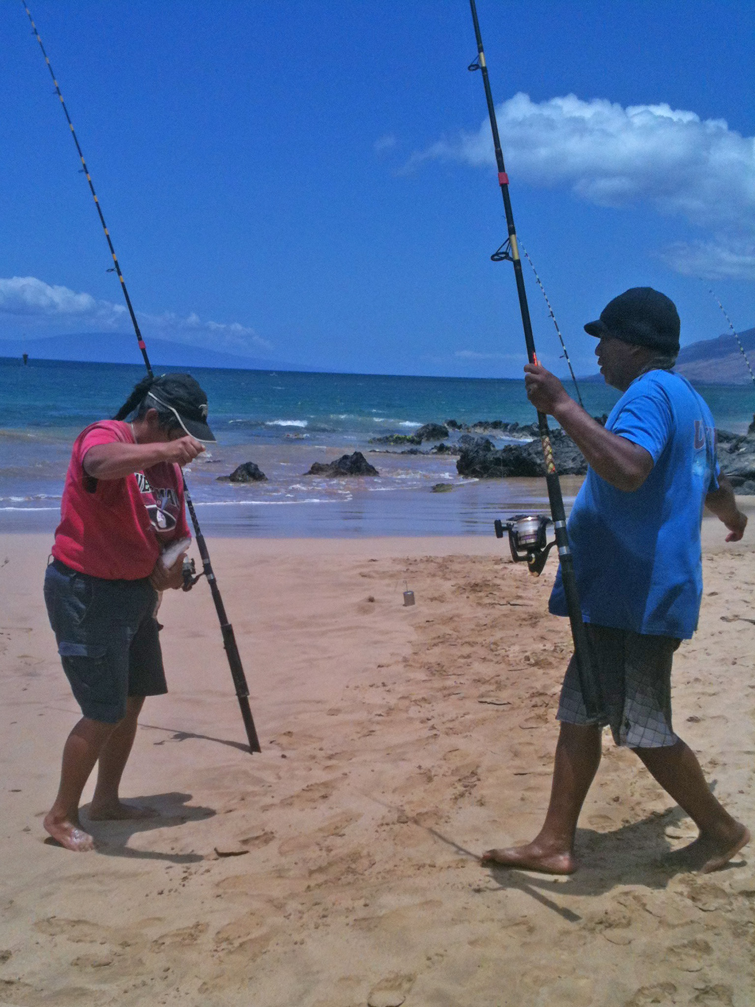 Fish are plentiful at charley young beach welcome to maui for Charley s fishing